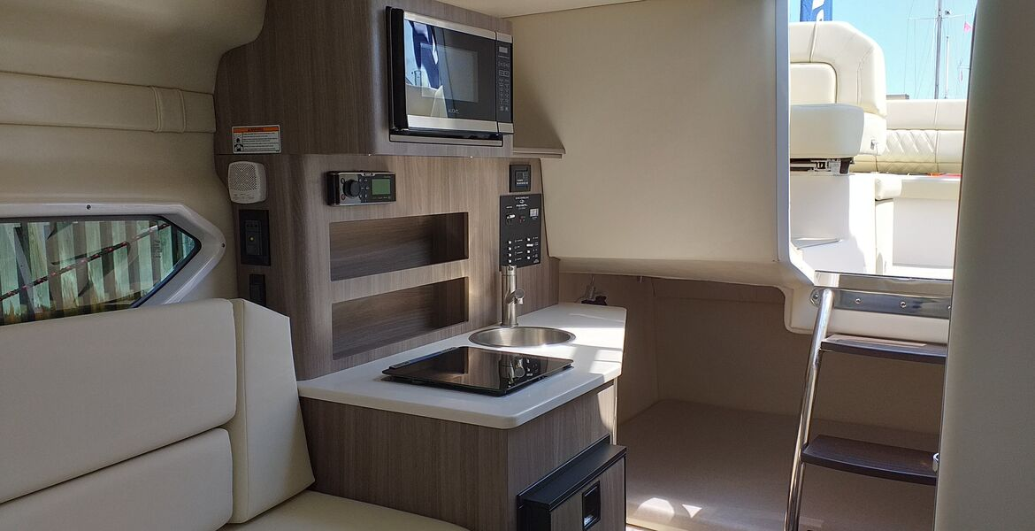 Regal 26 Express, nowy, model 2022
